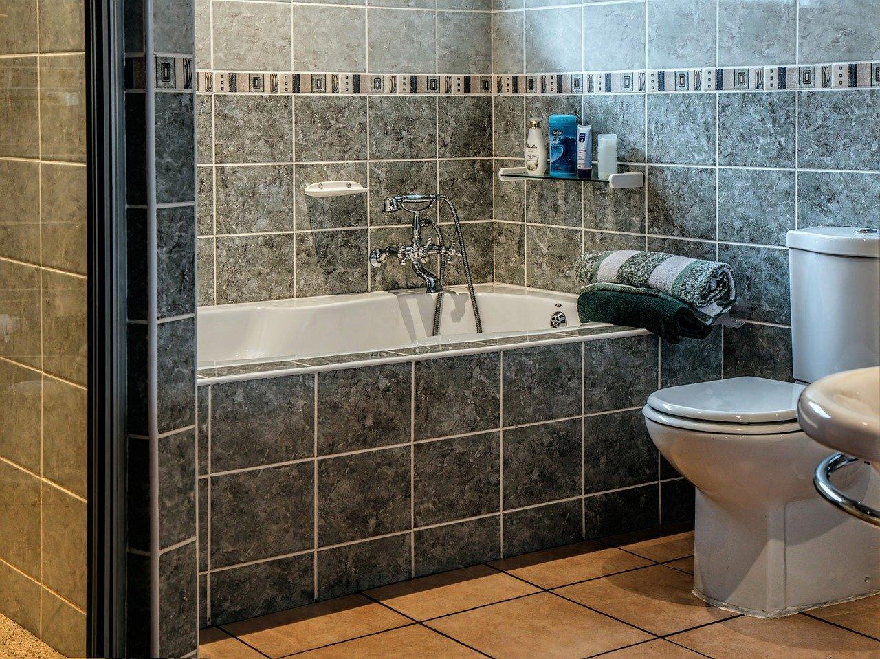 Nowoczesny romantyzm – odkrywamy nowe oblicze łazienki